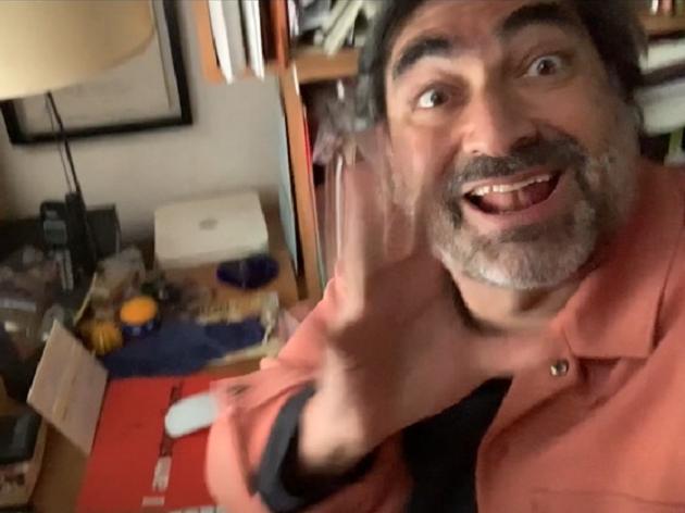 Tá passada? Zeca Camargo imita vídeo viral da Pfizer em chamada pro MasterChef