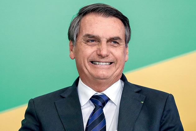 Reinaldo Azevedo: Bolsonaro quebra a cara de novo!