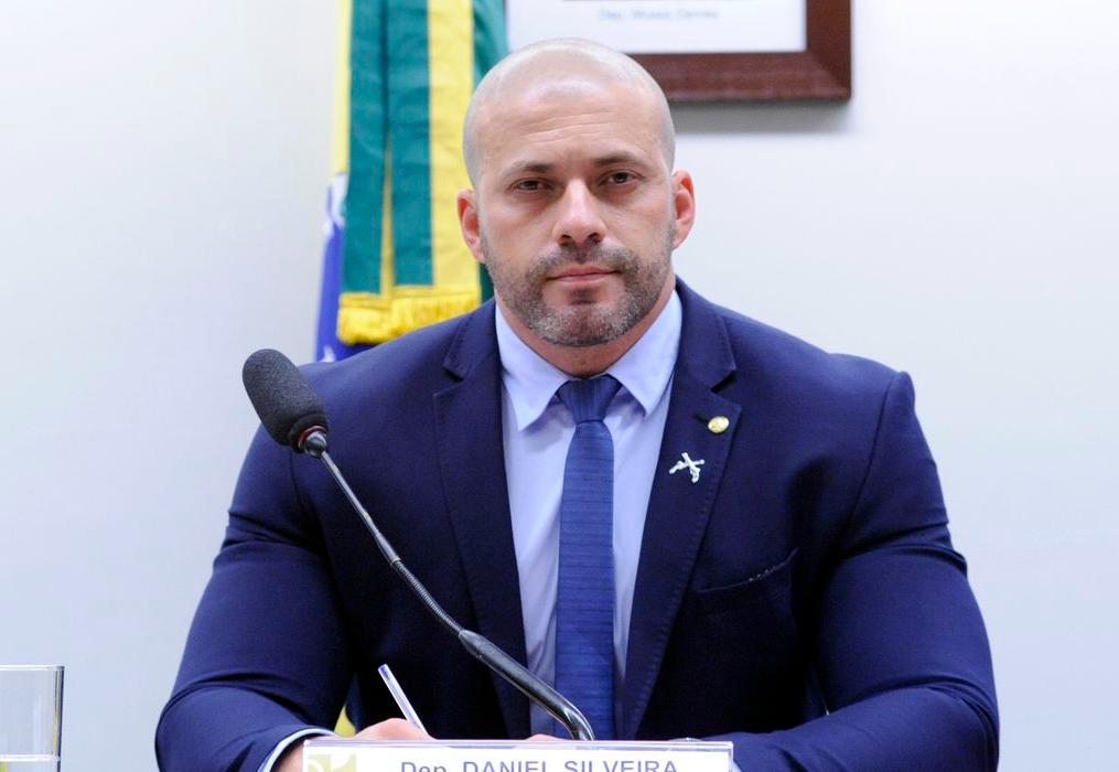 Daniel Silveira é alvo de novo inquérito após desobedecer decisão do STF