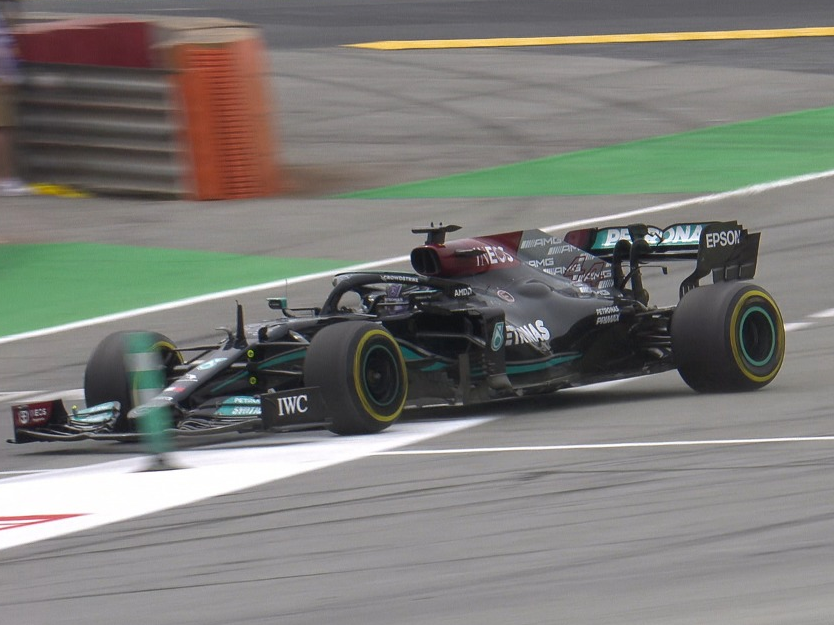 F1: Hamilton comemora estratégia certeira em vitória na Espanha