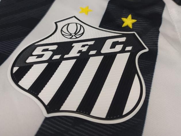 No futebol, o Santos habita um lugar diferente dos outros clubes