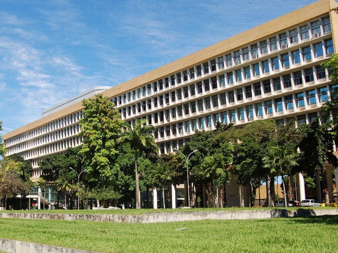 Instituições federais de ensino têm até 14 dias para retorno 100% presencial