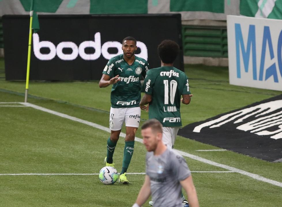 Paulo Victor falhou nos gols do Palmeiras? Para ídolo do Grêmio, bolas eram defensáveis