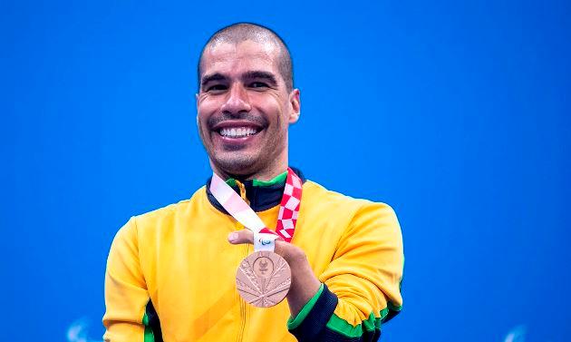 Daniel Dias levará bandeira do Brasil no encerramento da Paralimpíada de Tóquio