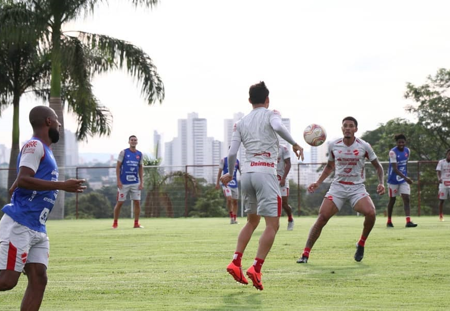 Vila Nova pode garantir vaga na segunda fase da Série C neste sábado