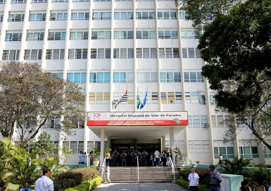 Vítimas foram encaminhadas ao Hospital Regional de Taubaté