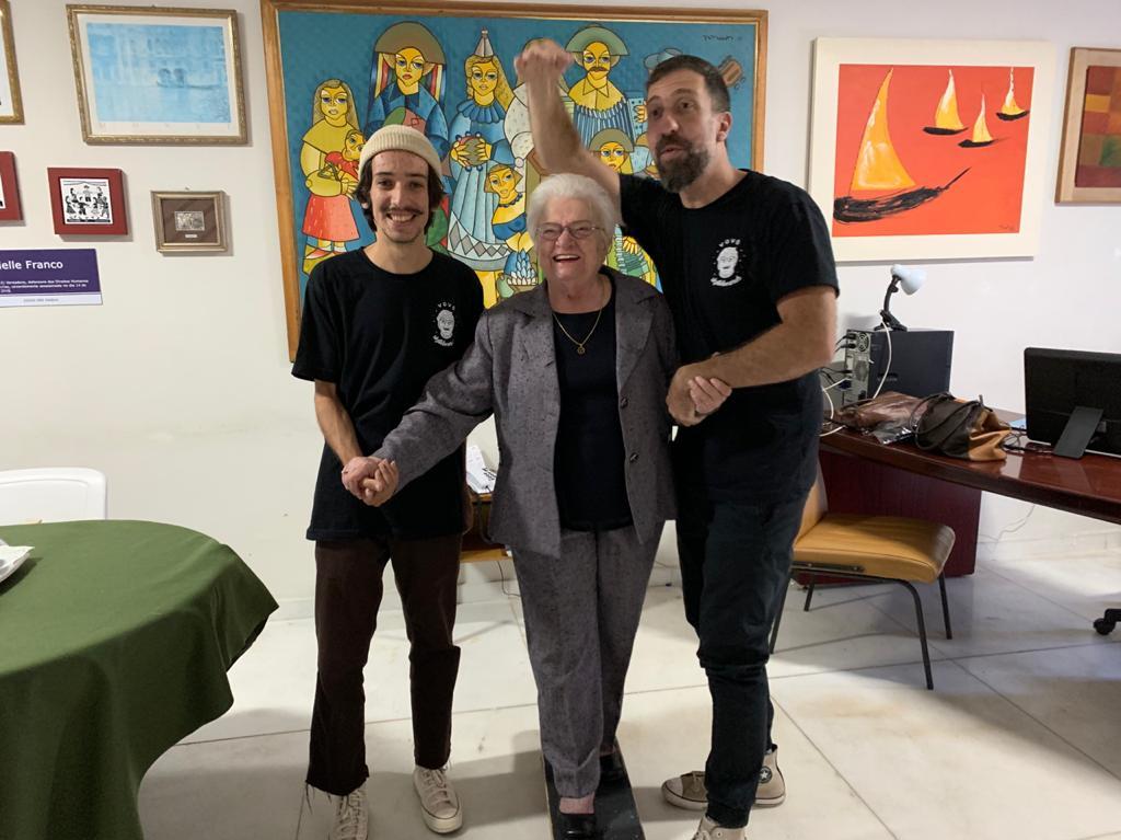 Prefeita que liberou o skate em São Paulo, Erundina festeja medalha de Kelvin Hoefler em Tóquio