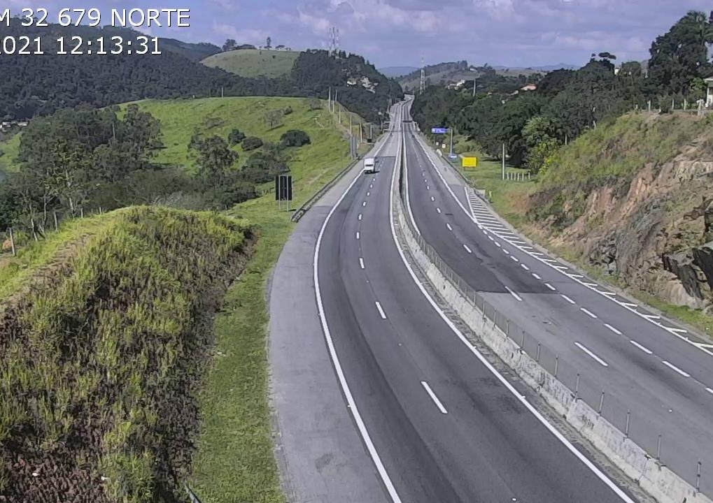 Confira o movimento nas principais rodovias do Vale do Paraíba em 17 de maio