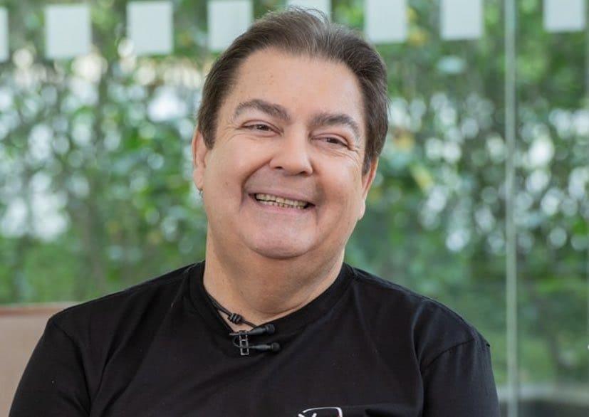 Fausto Silva continua internado no hospital para tratar infecção urinária