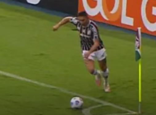 """Neto aponta mais uma infração em gol do Fluminense: """"Roubaram o São Paulo"""""""