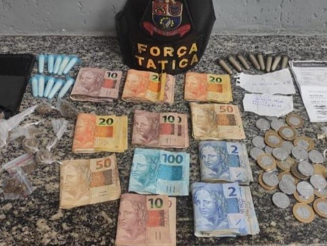 Homem é preso por tráfico de drogas após perseguição com a Polícia Militar, em São José dos Campos