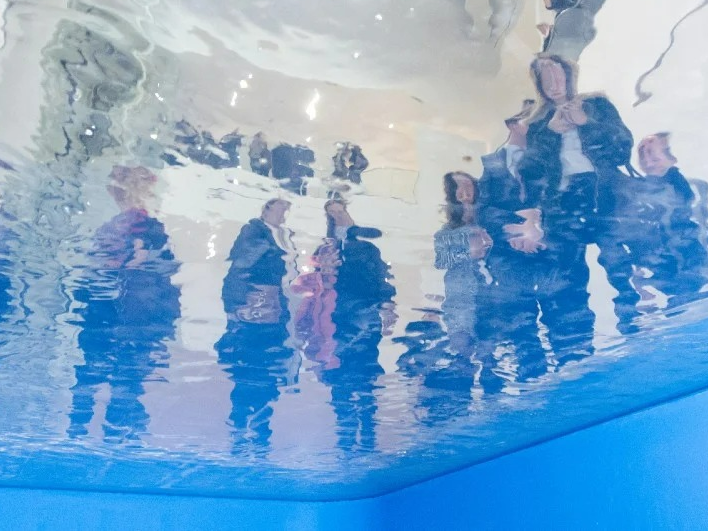 Exposição em BH brinca com a ilusão de ótica