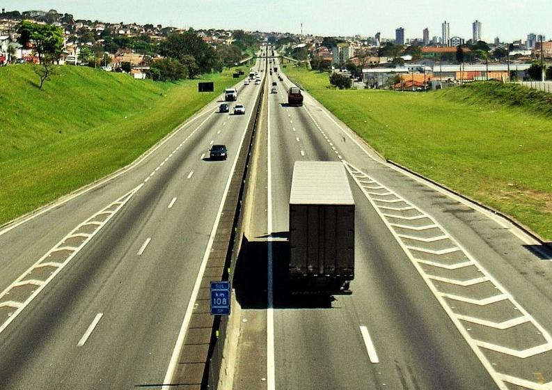 Confira o movimento nas principais rodovias do Vale do Paraíba em 14 de maio