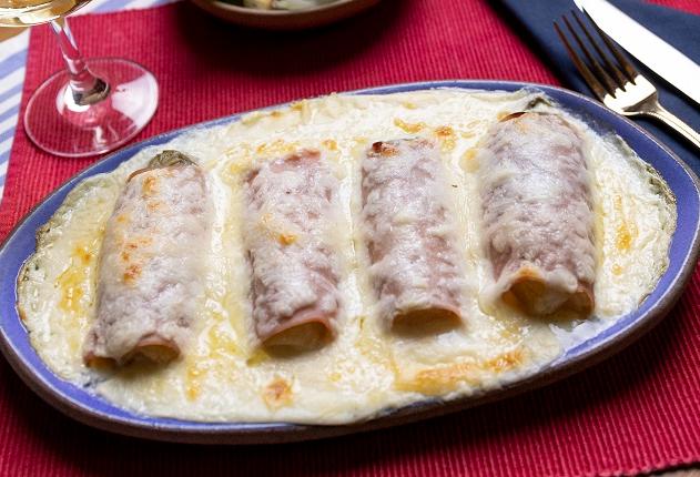 Endívias gratinadas: saiba fazer a receita de família do chef Erick Jacquin
