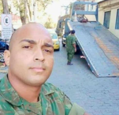 Homem que atirou contra fuzileiro naval presta depoimento, mas é liberado pela polícia