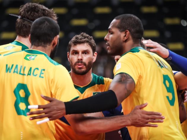 Brasil leva 3 sets a 0 da Rússia e perde invencibilidade no vôlei masculino