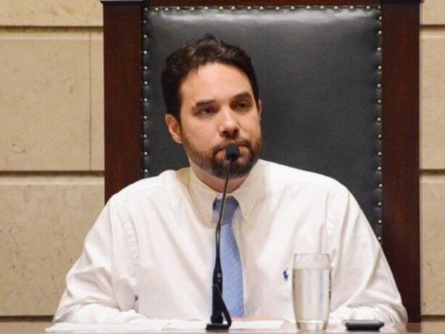 Vereador foi indiciado por tortura contra vítima, que era criança à época