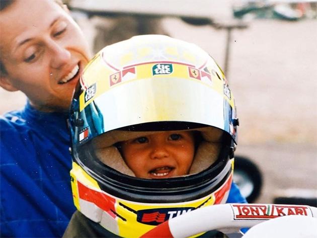 """Mick desabafa sobre estado de saúde do pai, Michael Schumacher: """"Desistiria de tudo por momentos em família"""""""