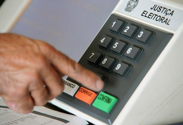 Reinaldo Azevedo: Senado, rejeite o novo Código Eleitoral