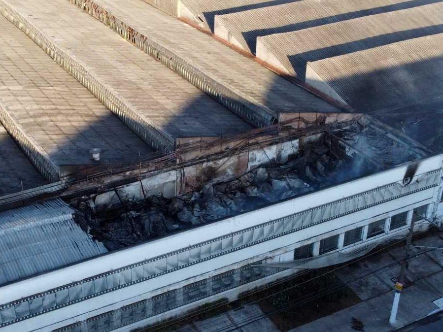 Galpão da Cinemateca que pegou fogo não tinha alvará do Corpo de Bombeiros