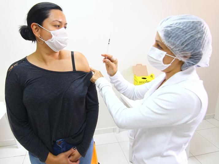 Prazo final para cadastro de 1ª dose da vacina é ampliado para esta quinta-feira (23), em São José