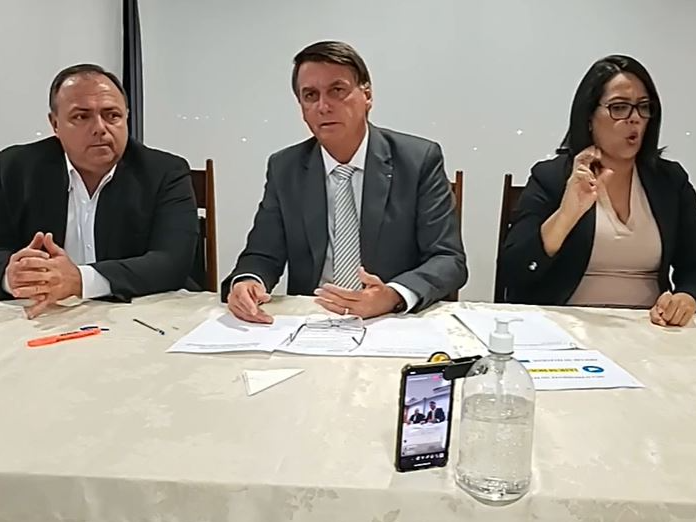 YouTube remove vídeo de Bolsonaro que defendia uso da hidroxicloroquina