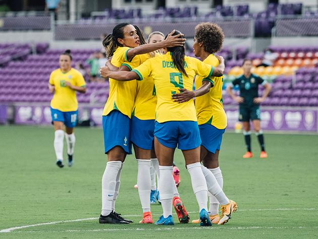 She Believes: Brasil desencanta no segundo tempo e goleia Argentina na estreia