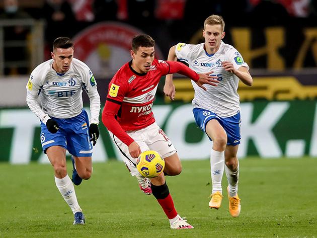 Spartak e Dynamo empataram por 1 a 1 na Otkritie Arena, na capital russa
