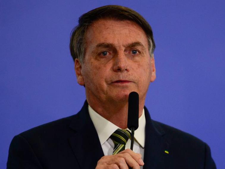 Barroso e ex-presidentes do TSE reagem contra Bolsonaro e voto impresso