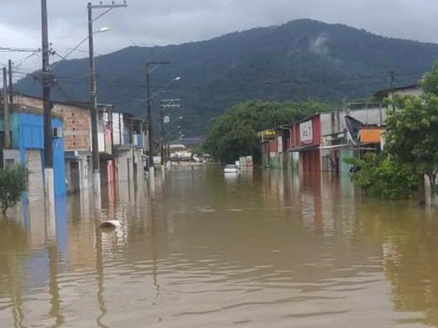 112 pessoas estão desalojadas em Ubatuba por causa de enchente
