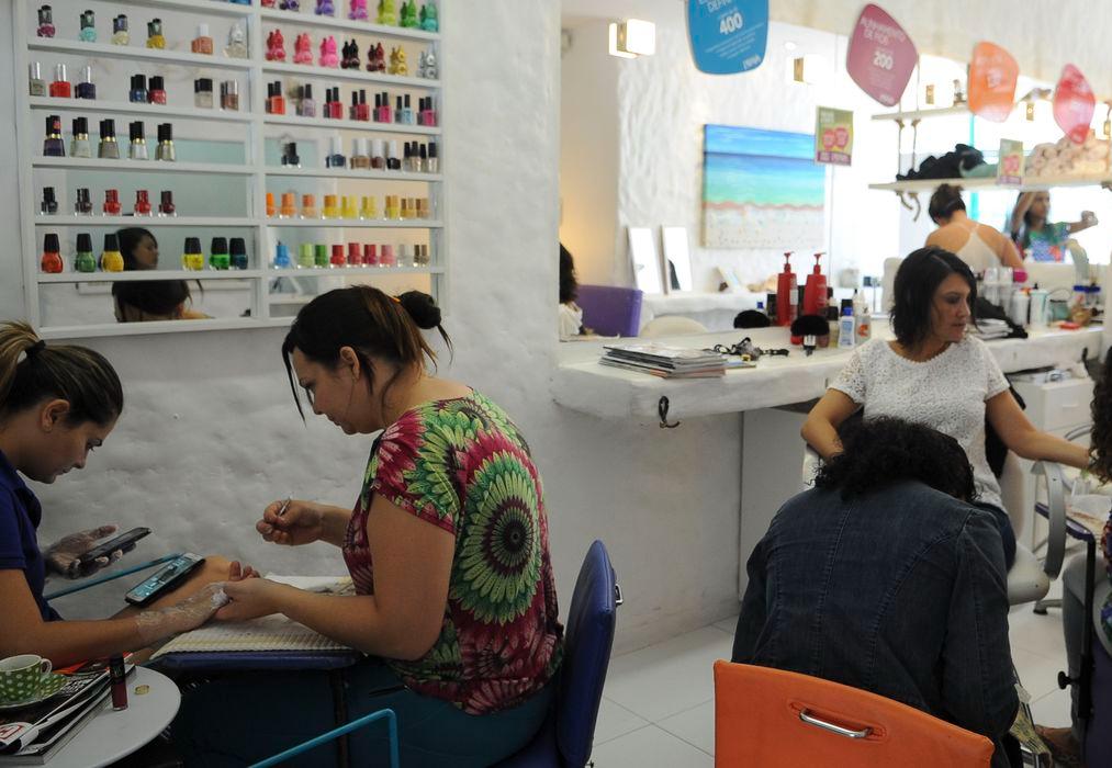 Setor de serviços cresce 1,7% em junho, aponta IBGE