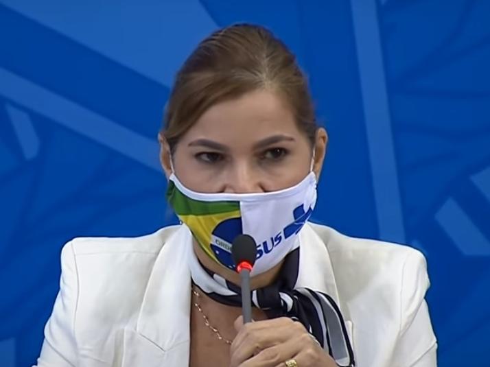 Secretária do Ministério da Saúde defensora da cloroquina vai ao Supremo por silêncio em CPI