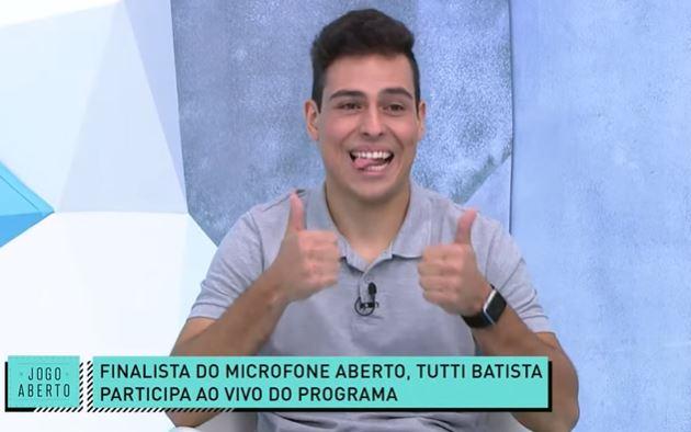 Palmeiras tem Mundial? Tutti Batista encara polêmica na final do Microfone Aberto no Kwai