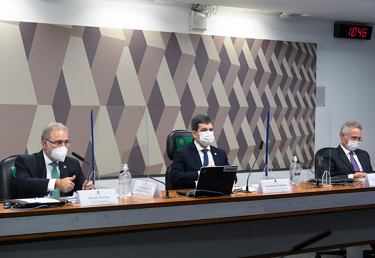 Randolfe Rodrigues: CPI avalia fazer diligência em depósito do Ministério da Saúde