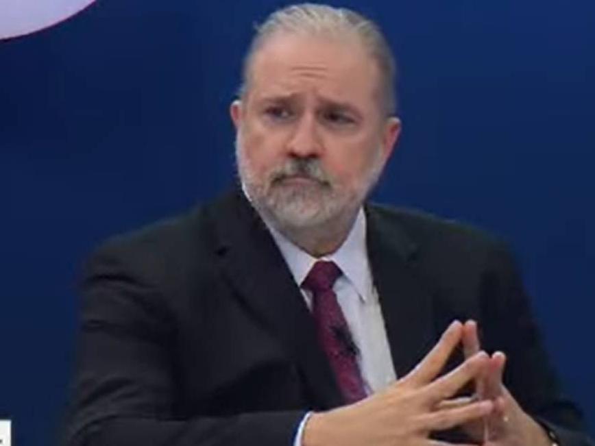 Quem quer ser ministro do STF não pode ser PGR e vice-versa, diz Augusto Aras