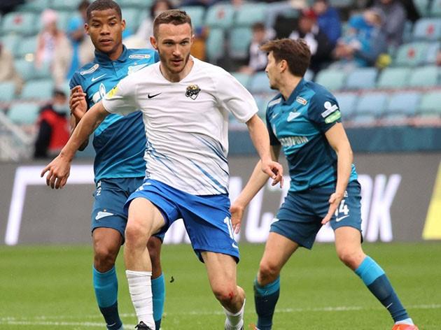 De virada, Zenit vence o Sochi e fica mais perto do título do Campeonato Russo