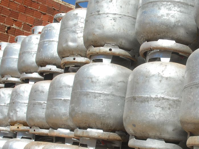 Auxílio gás para famílias de baixa renda é aprovado pela Câmara dos Deputados