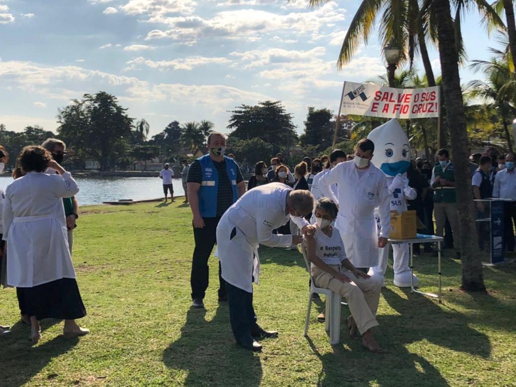 Ilha de Paquetá, no Rio de Janeiro, inicia vacinação em massa com imunizante AstraZeneca
