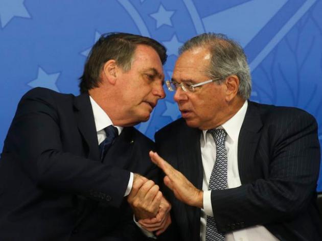 Bolsonaro fala em aumento de benefícios sociais, mas questiona taxação de fortunas