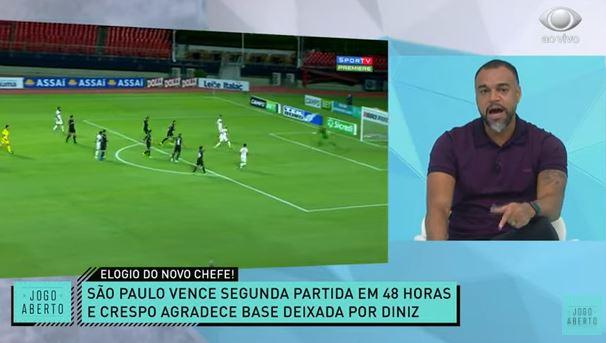 """Renata e Denílson destacam """"humildade"""" de Crespo após elogios a Diniz"""