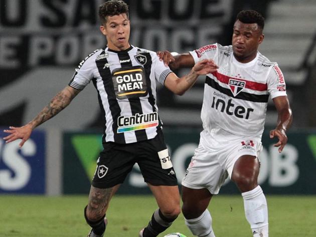 Mesmo rebaixado, Botafogo vence São Paulo por 1 a 0