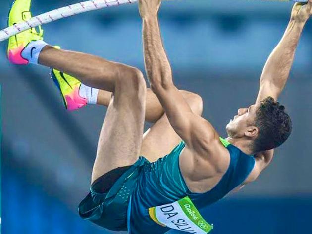 """""""Minha cabeça está voltada para repetir os ótimos saltos que fiz nos treinos"""", diz Thiago Braz sobre final em Tóquio"""