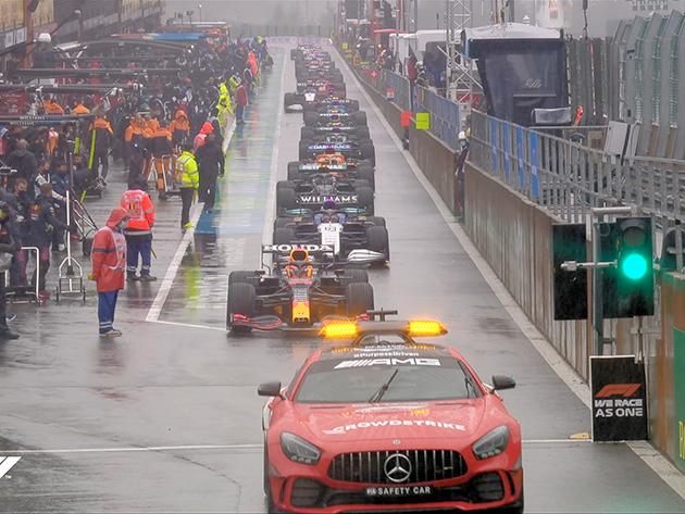 """""""Fizemos o possível, mas o tempo levou a melhor"""", diz Michael Masi, diretor de prova da FIA"""