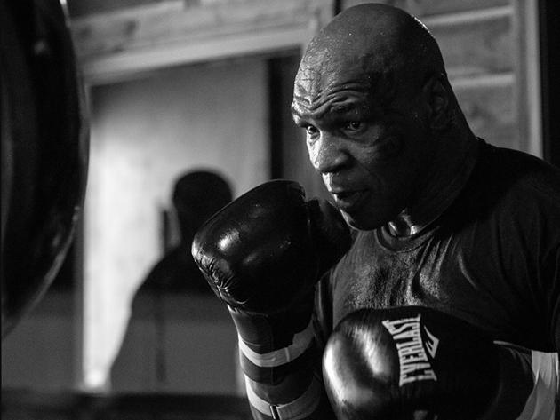 Lenda do boxe, Mike Tyson retorna aos ringues 15 anos depois de sua última luta