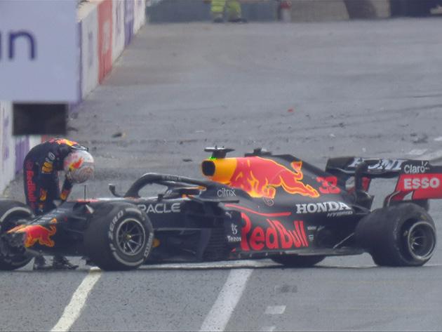 F1: Com vitória na mão, Verstappen bate e abandona prova após pneu estourar