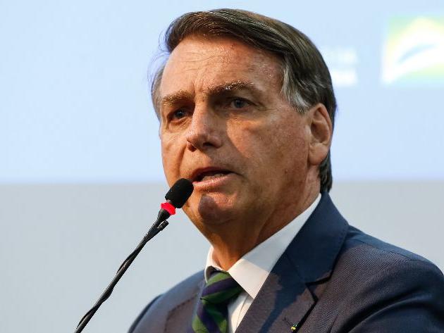 TSE pede ao STF que Bolsonaro seja investigado por disseminar fake news contra eleições