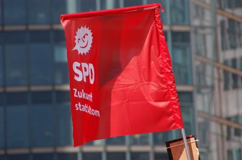 Política alemã entra agora em uma nova fase e com novas negociações