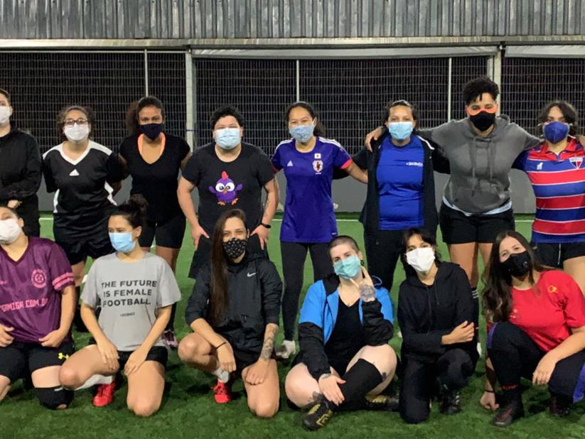 Projetos de futebol ajudam meninas a conseguirem bolsas no exterior