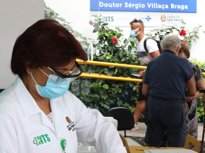 Prefeitura de SP anuncia calendário escalonado de vacinação contra Covid-19