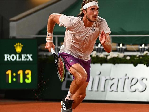 Grego de 22 anos vai fazer sua segunda semifinal consecutiva em Roland Garros